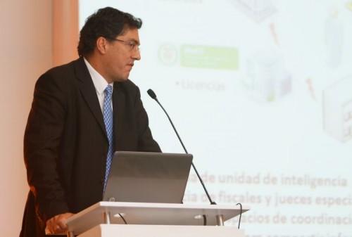 Juan Ricardo Ortega, director de la DIAN.