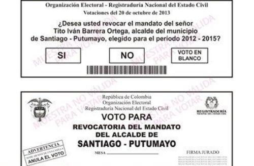 """Los sufragantes tienen tres opciones: """"Sí"""", """"No"""", o """"Voto en blanco""""."""