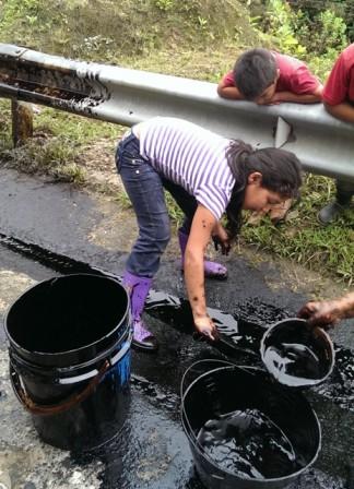 140126 derrame de petroleo