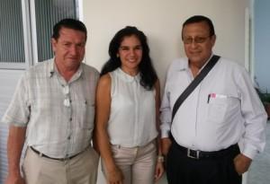 Adriana Olarte en compañia de Gabriel Marín y Jaime Erazo, integrantes de Consejo  Dptal de Cultura