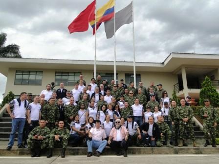 En las instalaciones de la Brigada de selva No. 27 se recibió a los 62 alumnos de los cursosCAEM y CIDENAL 2014.