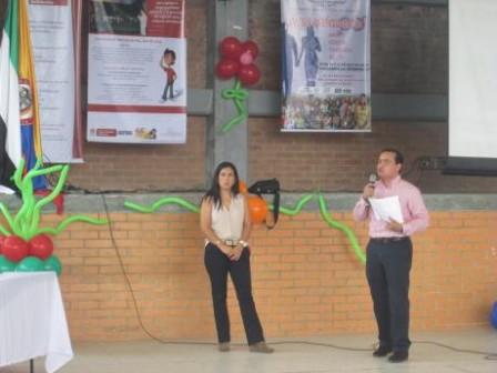 Leidy Florez - Fundecoop y Luis Otero - Director Nal de Organizaciones Solidarias