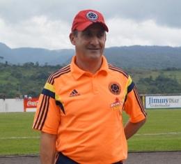 El Director Técnico de la Selección Colombia Sub-15, Jorge Serna. Foto: Indercultura