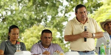 Foto: Archivo particular Jimmy Harold Díaz Burbano, gobernador del Putumayo, durante una reunión pública en su departamento.