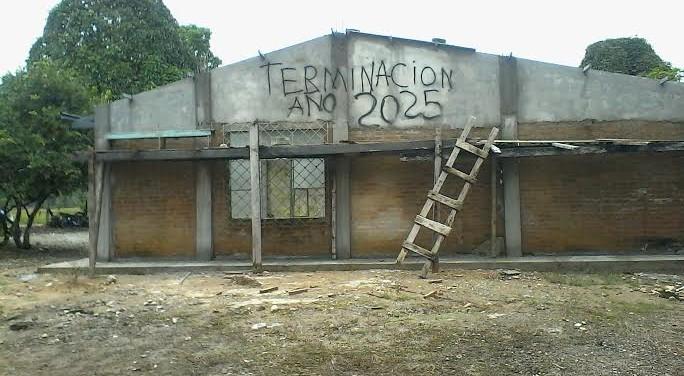 Niños de escuela rural de Villagarzón afectados por obra inconclusa