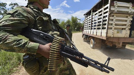 Defensoría: riesgo en diez regiones tras suspensión de tregua de las Farc