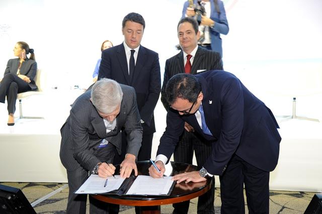 Firma de pacto con el SENA
