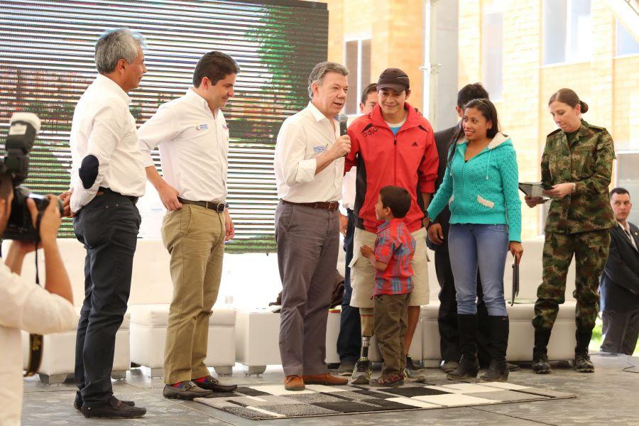El Presidente Santos estuvo hoy con su Ministro de Vivienda en Boyacá mañana visitarán Putumayo. Foto: Jaime Reyes. MVCT.