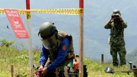 COLOMBIA-LANDMINES-PRACTICE