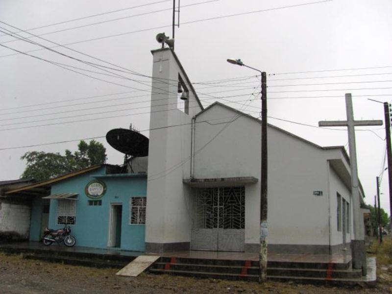 Iglesia Puerto Guzmán