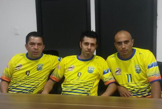 Juan Carlos, John Pinila y Diego Abril, integrantes de la Selección Colombia de Futsal