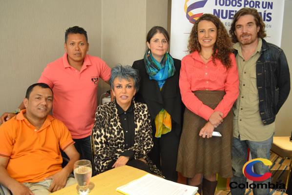 Ramón García, Luis Santacruz, Ana Martha de PIzarro, Adriana Gutiérrez, Nicolás Montero.