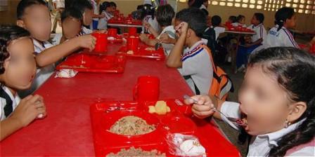 Foto: Archivo / EL TIEMPO El Programa de Alimentación Escolar tiene una cobertura del 49 por ciento de los niños de colegios oficiales en el país.