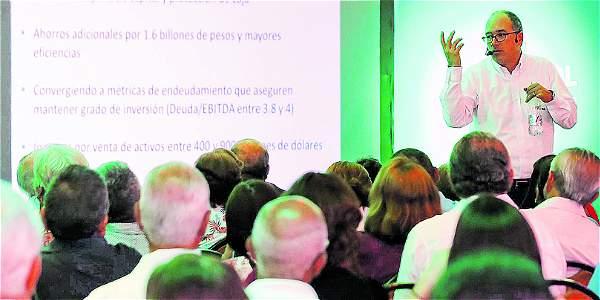 Foto: Juan Pablo Rueda / EL TIEMPO El presidente de Ecopetrol, en su encuentro con pequeños accionistas en Cali.