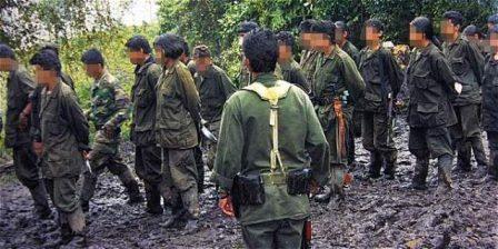 Foto: Archivo / EL TIEMPO Según la Defensoría del Pueblo, 5.700 menores fueron reclutados por grupos ilegales en la última década, 3.900 por las Farc.