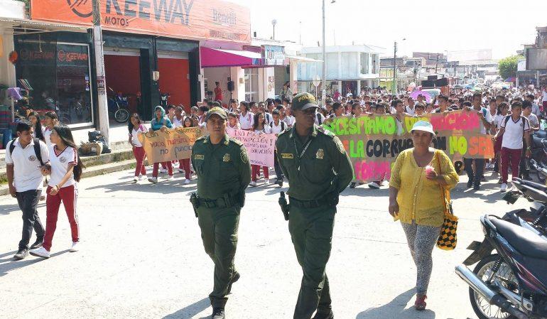 Estudiantes en Puerto Asís en protesta. | Foto: Julián Andrade.