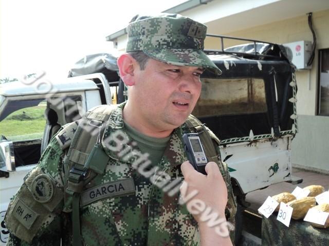 Muere Coronel tras atentado con explosivo