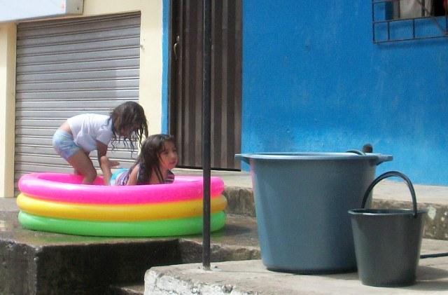 28 de Diciembre – El Tradicional Carnaval del Agua en Mocoa. Parte 1