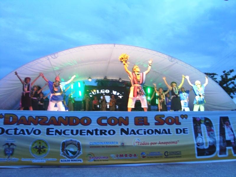 Grupo Folclórico La Tierra gana el primer puesto a mejor danza auctóctona en encuentro nacional