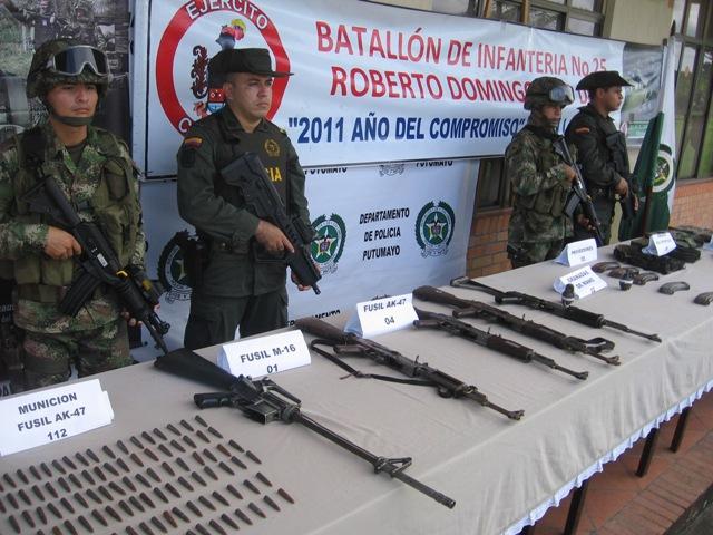 Brigada de Selva No. 27 y  la Policía Nacional ubicaron caleta de las farc con abundante material de guerra.