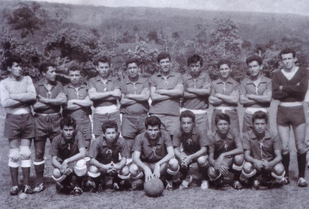 Encuentro de Viejas Glorias del Futbol Mocoano