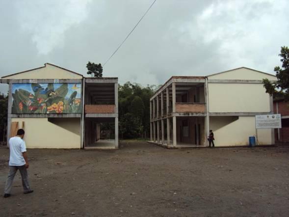 120 estudiantes y 9 docentes intoxicados en El Placer – Putumayo