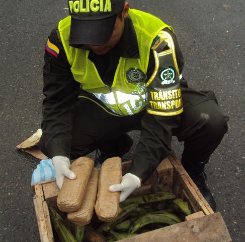 """En """"narco plátanos"""" y """"narco yucas"""" incautadas 2000 dosis de estupefacientes"""