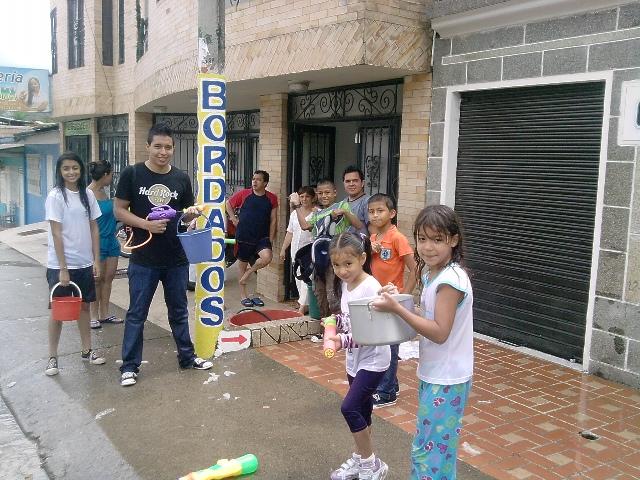 Carnaval del Agua – por los barrios de Mocoa
