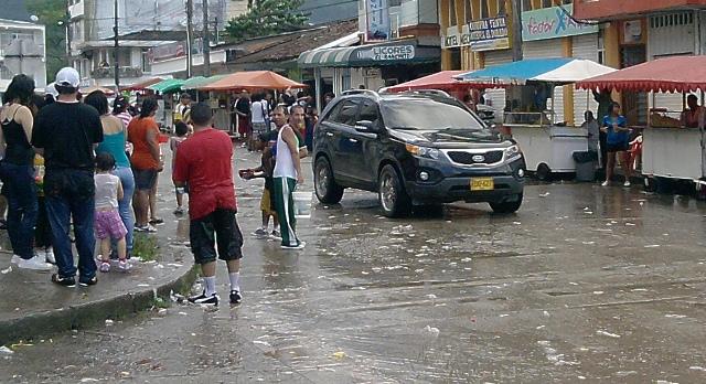 Desorganización en el tránsito durante el Carnaval del Agua
