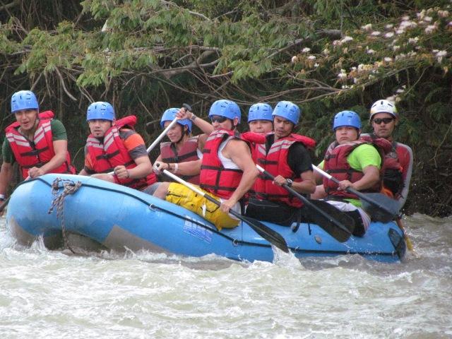 Guías de Turismo del Putumayo realizan reconocimiento de experiencias nacionales de turismo de naturaleza