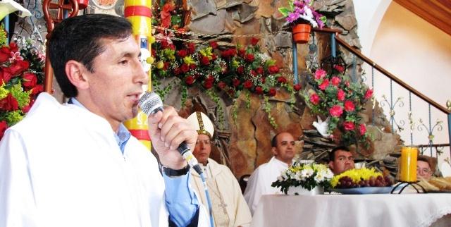 Sacerdote Campo Elías de la Cruz entregó parroquia