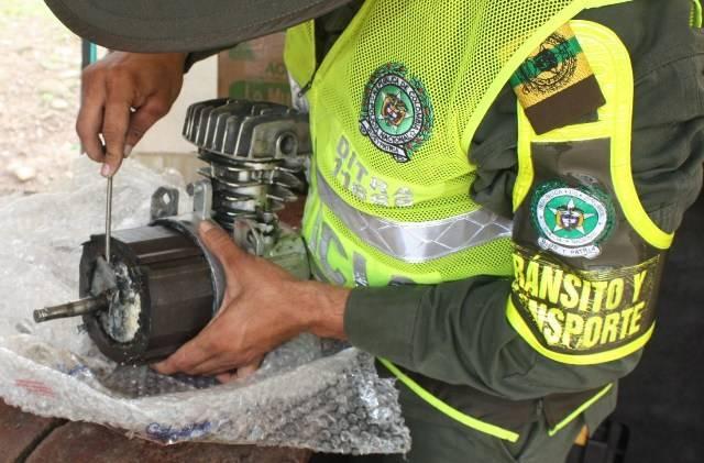 Interceptado narcomotor eléctrico que llevaba estupefacientes en su interior