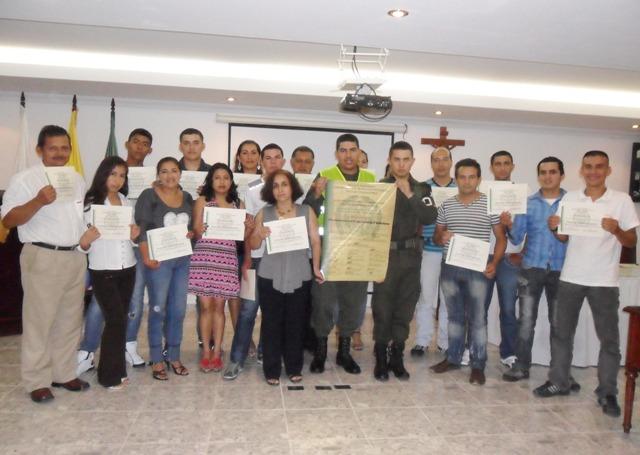 Clausura de la Escuela de Seguridad Ciudadana con gremio de comerciantes en Mocoa