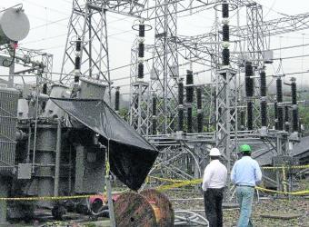 EEB mejora efectividad de la red eléctrica en el sur