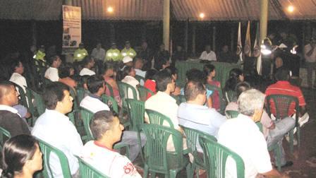 Comandante de la Policía escuchó a la comunidad del B. José Homero en Mocoa