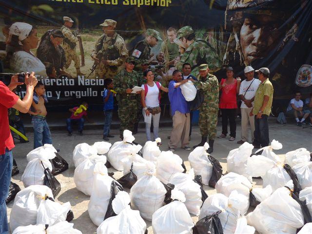 Habitantes de Puerta del Sol (San Miguel) reciben jornada de apoyo