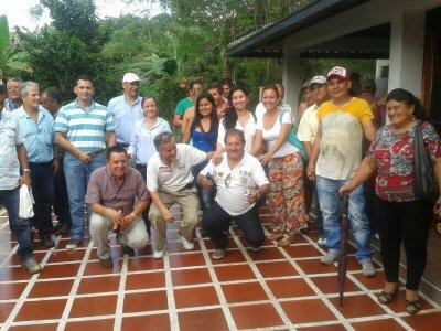 Transformadores y comerciantes analizan con Corpomazonia problemas del sector forestal del Putumayo