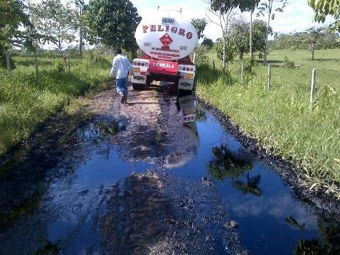 Farc derrama 4.500 barriles de crudo en el Putumayo