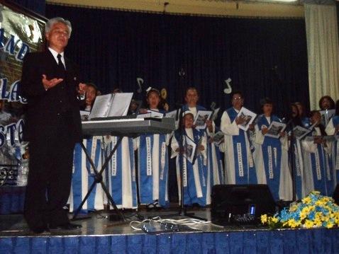 Coro Polifónico Champagnat presenta su CD