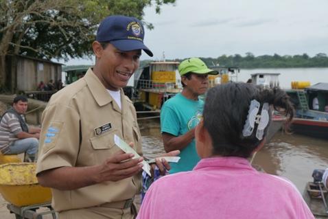 Armada Nacional celebra con los navegantes de la Amazonía