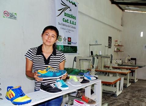 Primera fábrica de calzado del Putumayo es financiada por el Fondo Emprender