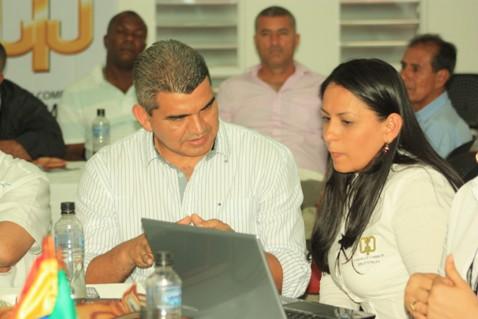 Comerciantes colombo ecuatorianos buscan dinámica comercial en la frontera