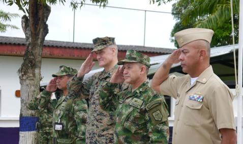 Comandantes de Infantería de Marina de Colombia y del Sur de Estados Unidos visitan Puerto Leguízamo