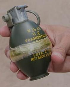 Mujer entrega de manera voluntaria una granada de fragmentación
