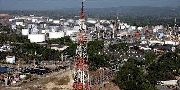 Tres departamentos buscan tener sus propias refinerías