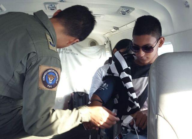 Menor de edad con lesión en ojo es trasladado desde Puerto Leguízamo por la Fuerza Aérea