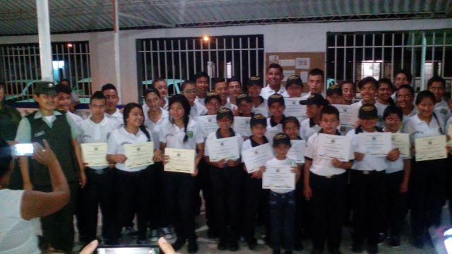 En Orito, graduados 40 nuevos patrulleritos