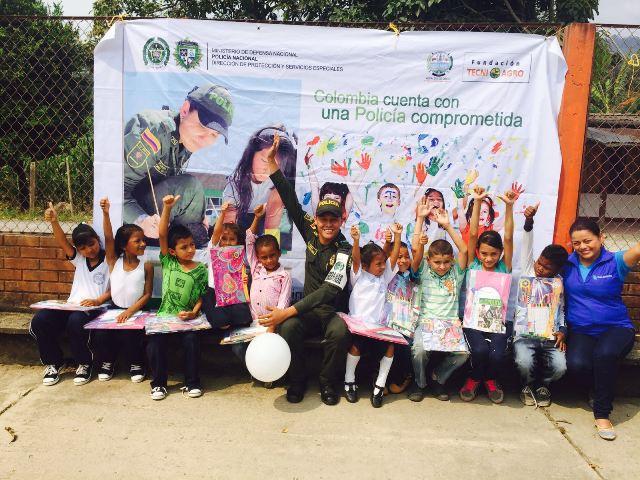 Policía de Infancia realiza integración con estudiantes de Vereda Pueblo Viejo (Mocoa)