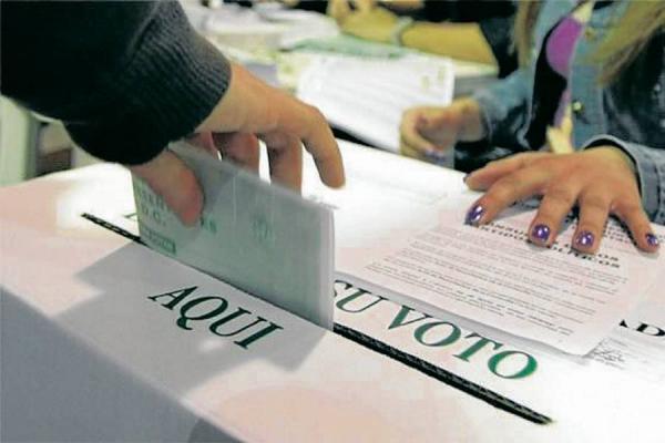 Fiscalía investiga a siete gobernadores y a 350 alcaldes que se posesionaron