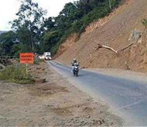Avanza pavimentación de 23 km en el Corredor del Sur